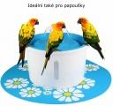 Fontána na pití i pro papoušky